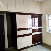 guest-wardrobe-768x1024
